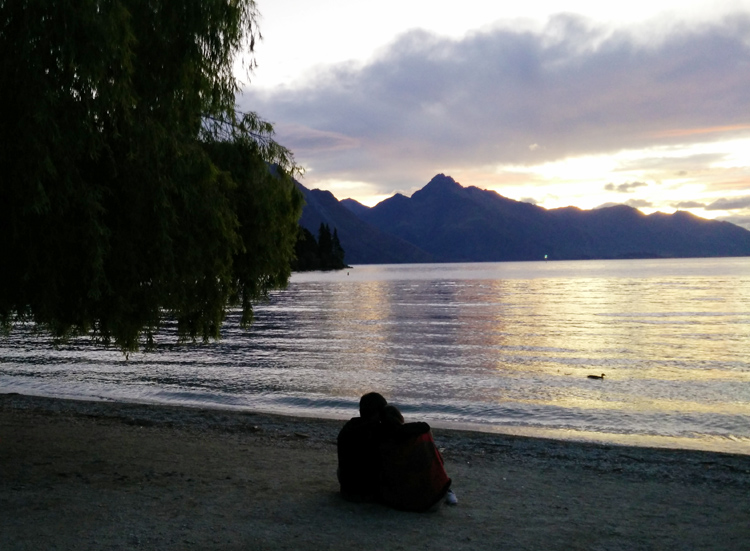 new zealand travel nouvelle zelande middle earth terre du milieu queenstown sunset