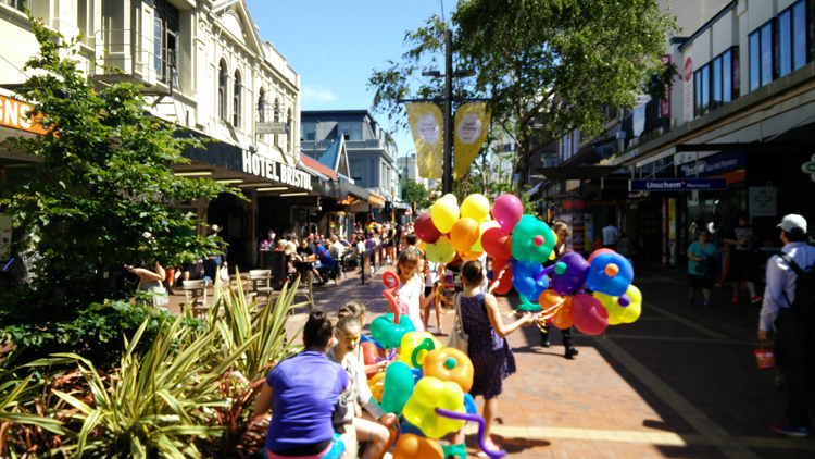 new zealand travel nouvelle zelande middle earth terre du milieu wellington cuba street